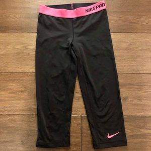 Women's Nike Pro Cropped Leggings Size XS